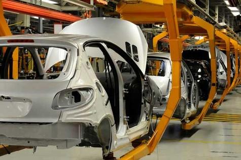 تولید خودروهای تجاری سرعت میگیرد