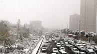 بارش برف و باران در محورهای سه استان/ترافیک نیمه سنگین در آزادراه قزوین-کرج