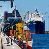 Port Antwerp, Zeebrugge merge, combining goals for resiliency