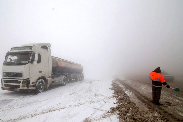 ۳۵ راه روستایی کرمان همچنان مسدود است