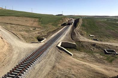 روند اجرایی عملیات راهآهن رشت- آستارا بررسی شد
