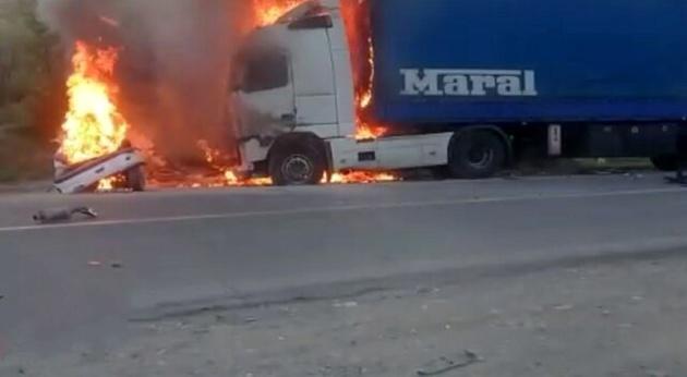 تصادف مرگبار در محور مریوان سروآباد سه کشته برجای گذاشت