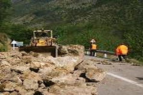 محور خوزستان به خرمآباد مسدود شد