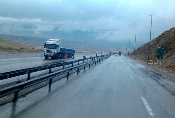 لغزندگی و مهگرفتگی در کلیه محورهای کوهستانی زنجان