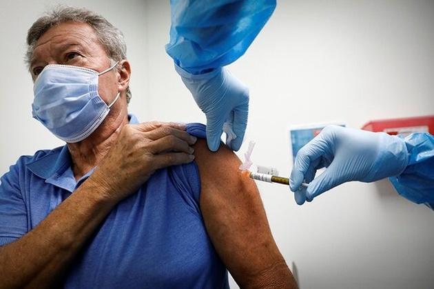 سالمندان مطمئن باشند واکسن برایشان عارضهای ندارد