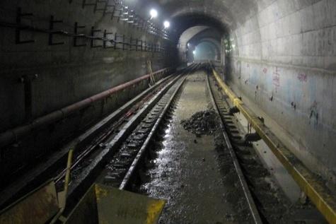 حفاری غیراصولی ۲۰۰ میلیارد به قطار شهری اهواز خسارت زد