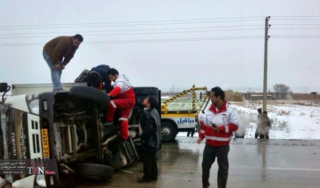 سه کشته و هفت مجروح در تصادف زنجیره ای جاده اراک - سلفچکان