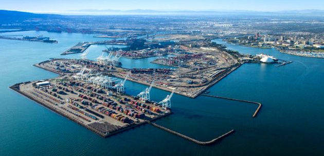 "Port of Long Beach to use ""green"" cargo handling equipment"