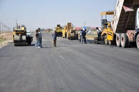 رشد محسوس بزرگراهها و راههای روستایی جنوب استان کرمان در سالهای اخیر