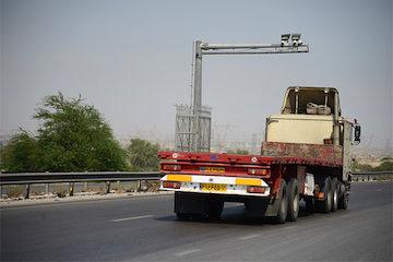 تردد بیش از یازده میلیون خودرو در جادههای هرمزگان در تیرماه