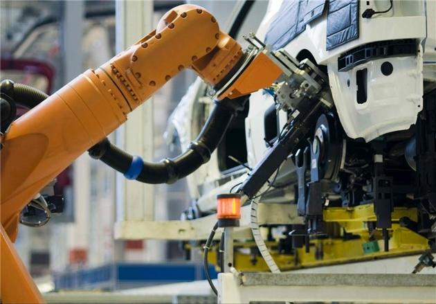 کاهش تولید جهانی خودرو به تقاضای نفت آسیب میرساند