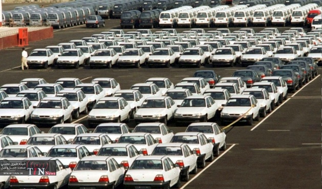 استقبال مردم از وام ۲۵ میلیونی خودرو به دلیل نداشتن پسانداز بود