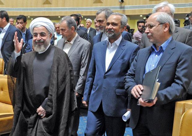 روحانی با استعفای مسعود نیلی موافقت کرد