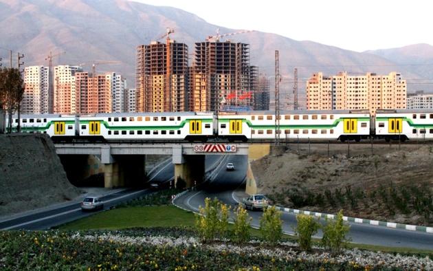 رضایت ۹۵ درصدی مسافران مترو از افزایش اعزام قطارهای تندرو از ایستگاه کرج