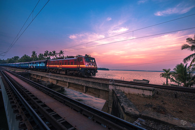 India suspends passenger railway operations until 17 May