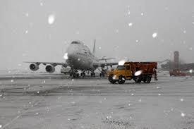 تامین ایمنی پرواز اولویت انجام عملیات زمستانه در فرودگاه گیلان است