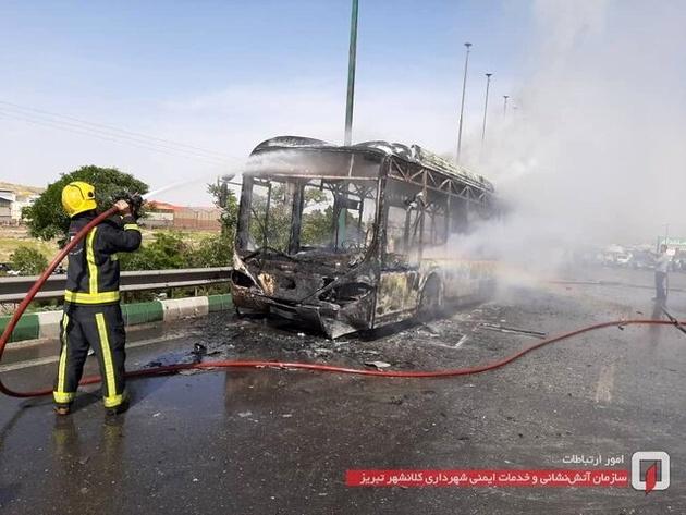 جزییات آتش سوزی اتوبوسی بر روی پل سردرود