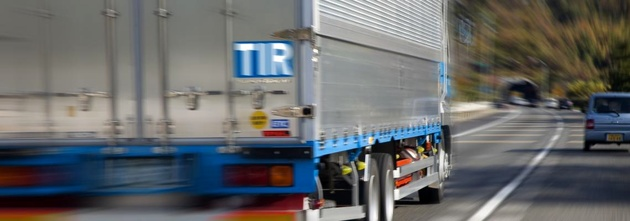 First container travels from UAE to Czech Republic under intermodal TIR