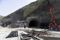 آخرین وضعیت روند ساخت آزادراه تهران- شمال/ حفاری 6 هزار متر از تونل شرقی البرز