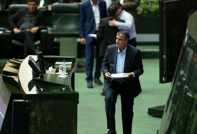 اشتباهات سازمان بنادر، وزیر راه را به مجلس کشاند