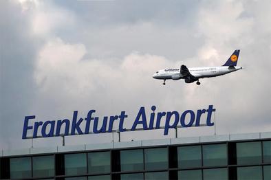 فرودگاه فرانکفورت برای ارسال میلیاردها واکسن کرونا آماده میشود
