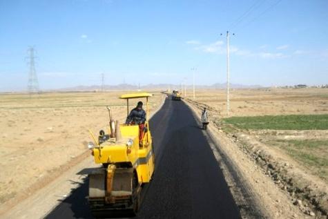 نشست بررسی موانع و مشکلات پیمانکاران راه و شهرسازی کرمان