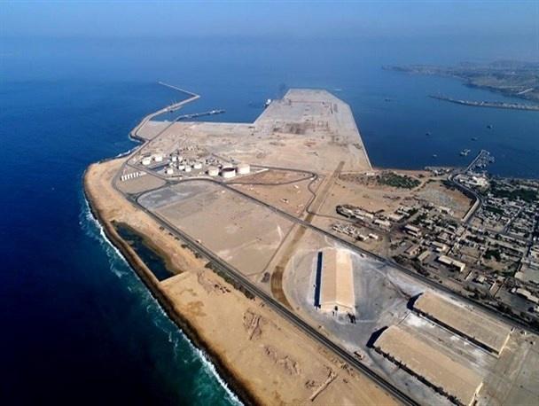 پیشرفت 86 درصدی استحصال خشکی از دریا در طرح توسعه بندر شهید بهشتی چابهار