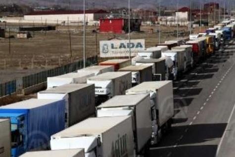 دلایل تشکیل صف ۱۵ کیلومتری کامیونهای ایرانی در مرز ترکیه