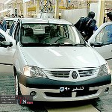 خودروسازان توان رقابت کیفی و خدماتی با محصولات خارجی را ندارند