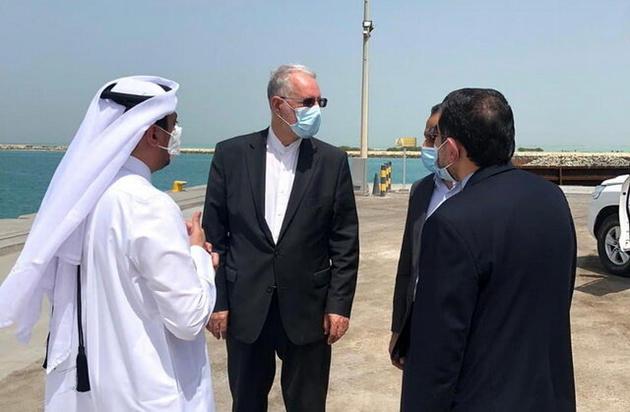پیگیری سفیر ایران برای حل مشکل تأخیر در ترخیص کالاهای کشتیهای ایرانی در قطر