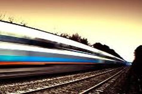 رقابت با جاده، سیاست راه آهن در حمل و نقل بار و مسافر
