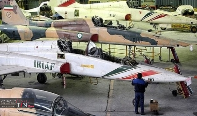 متخصصان نهاجا جنگنده F۱۴ را اورهال کردند