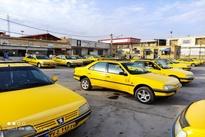 عکس  حضور پرتعداد مسافربرهای شخصی در مجاورت ایستگاه سواری ها