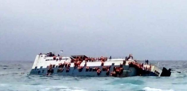 غرق شدن کشتی در اندونزی، دهها کشته بر جای گذاشت