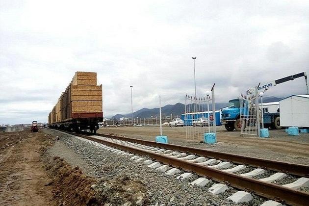 ارسال سه هزار و 150 تن کالا در قالب 50 واگن قطار در آستارا