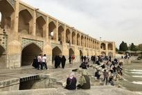 فیلم|وضعیت اسفناک پل خواجو اصفهان در روزهای سخت کادر درمان