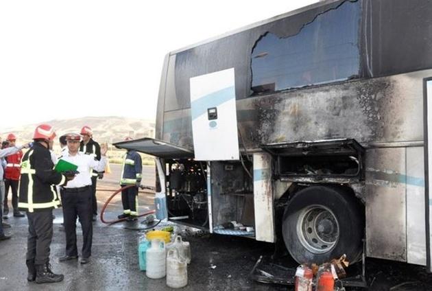آتشسوزی اتوبوس مسافری در جاده اردبیل
