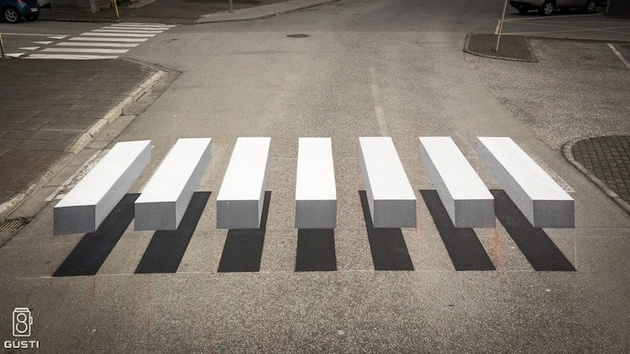 3D Zebra Stripe Crosswalk in Iceland Slows Traffic with Stunning Optical Illusion