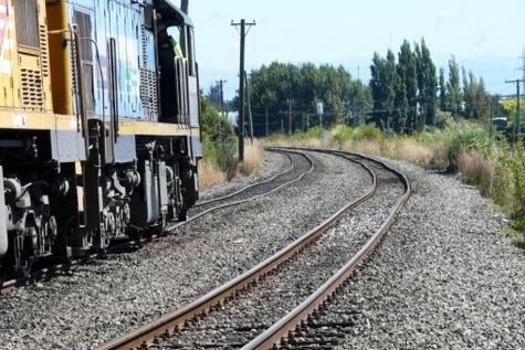 راهآهن در برنامه ششم اتفاق بزرگی را تجربه میکند / ۱۱۵ هزار میلیارد تومان پول میخواهیم
