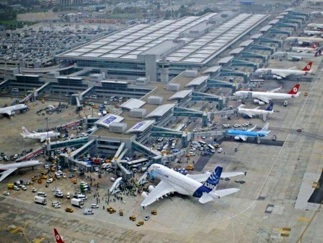 جلوگیری از سوختگیری هواپیماهای ایرانی در استانبول به دلیل تحریمها بود