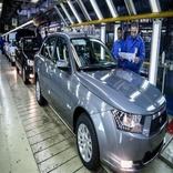 کاهش پلکانی تولید خودرو در ایران