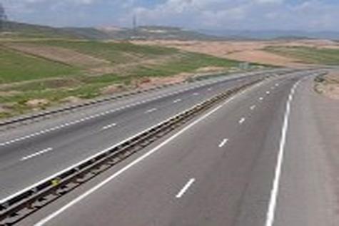آزادراه همدان - ساوه پایان تیر امسال به بهرهبرداری میرسد