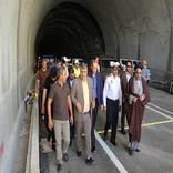 نیازسنجی مسائل ترافیکی و علائم ایمنی در تونل شهید باقری لامرد