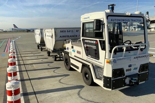 اولین کامیون برقی خودران حمل چمدان آزمایش شد