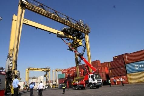 بسترهای خطوط ریلی، بازار حمل و نقل دریایی خزر را تهدید می کند