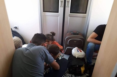 پاسخ «رجا» به خبری درباره سوار شدن مسافر «سرپایی» در قطار اتوبوسی تهران -مشهد