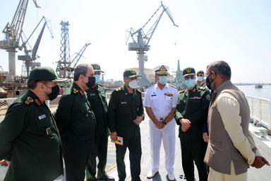 توافق ایران و پاکستان برای تعامل در تعمیر و نگهداری کشتی و زیردریایی