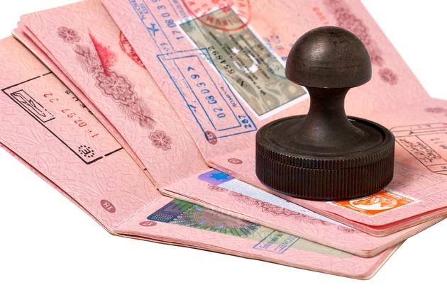 کشورهایی که به تومان ویزا صادر میکنند