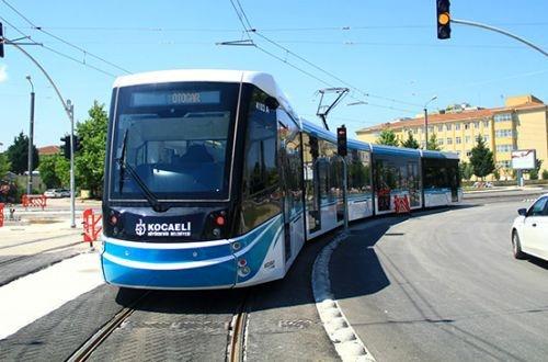 Izmit opens Akçaray tram line