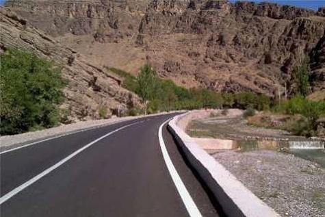 احداث بیش از 2 هزار و 200 کیلومتر راه در استان فارس